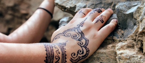 hand-painting-2465497_1920