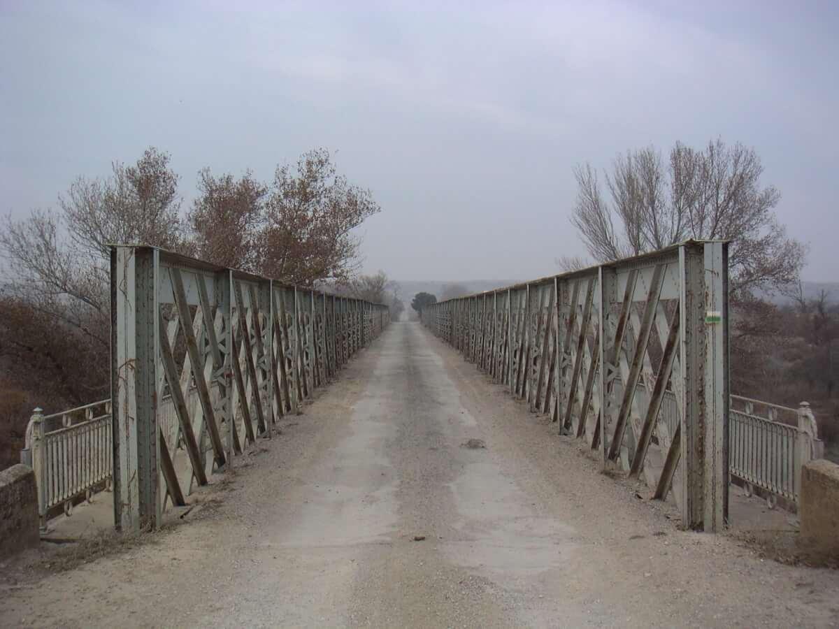 Camino en el puente
